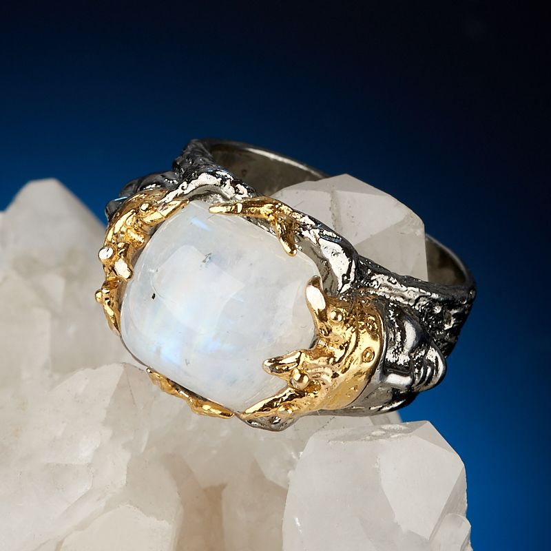 Кольцо лунный камень (адуляр) Индия (серебро 925 пр. позолота, родир. сер.) размер 17,5