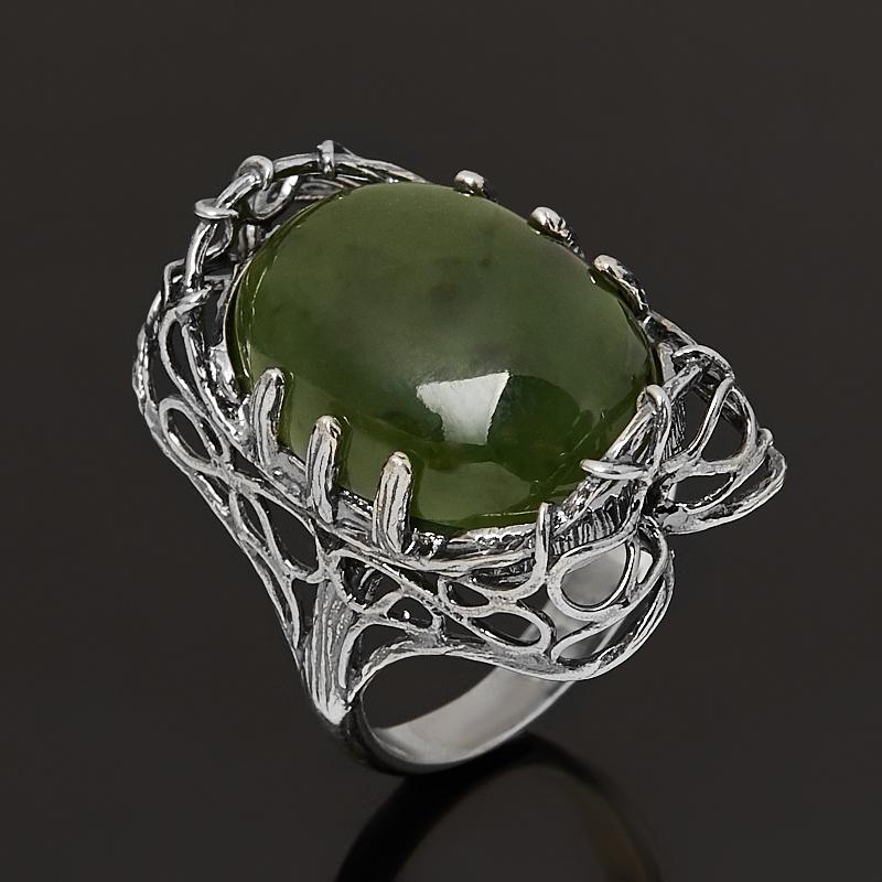 Кольцо нефрит зеленый  (серебро 925 пр. оксидир.) размер 17