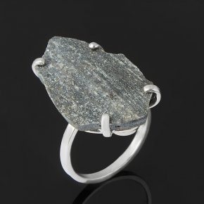 Кольцо авантюрин черный Россия (серебро 925 пр.) размер 18
