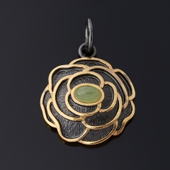 Кулон нефрит зеленый Россия (серебро 925 пр. позолота, родир. черн.) цветок