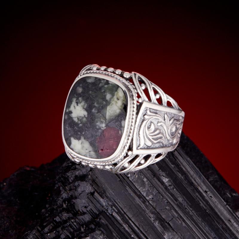 Кольцо эвдиалит  (серебро 925 пр.)  размер 20,5 кольцо авантюрин серебро 925 пр размер 20 5