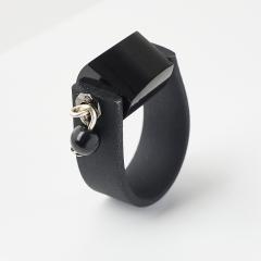 Кольцо гагат Грузия (биж. сплав, каучук) (регулируемый) размер 17