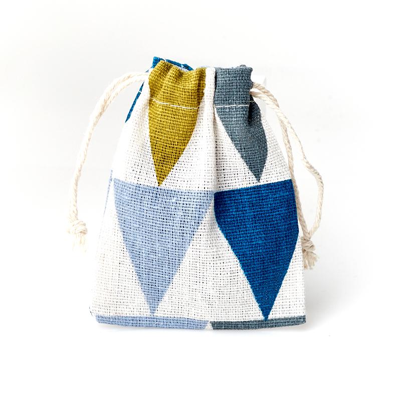 Подарочная упаковка (текстиль) универсальная (мешочек плоский) (микс) 100х80 мм