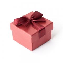 Подарочная упаковка (картон) под кольцо/серьги (коробка) (бордовый) 45х45х30 мм