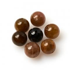 Бусина турмалин коричневый (дравит) Бразилия шарик 8-8,5 мм (1 шт)