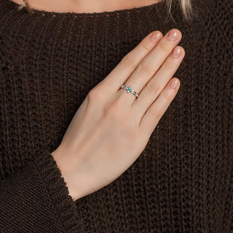 Кольцо изумруд Колумбия (серебро 925 пр. родир. бел.) огранка Спаси и сохрани размер 17