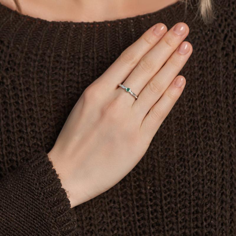 Кольцо изумруд Колумбия (серебро 925 пр. родир. бел.) огранка Спаси и сохрани размер 17,5