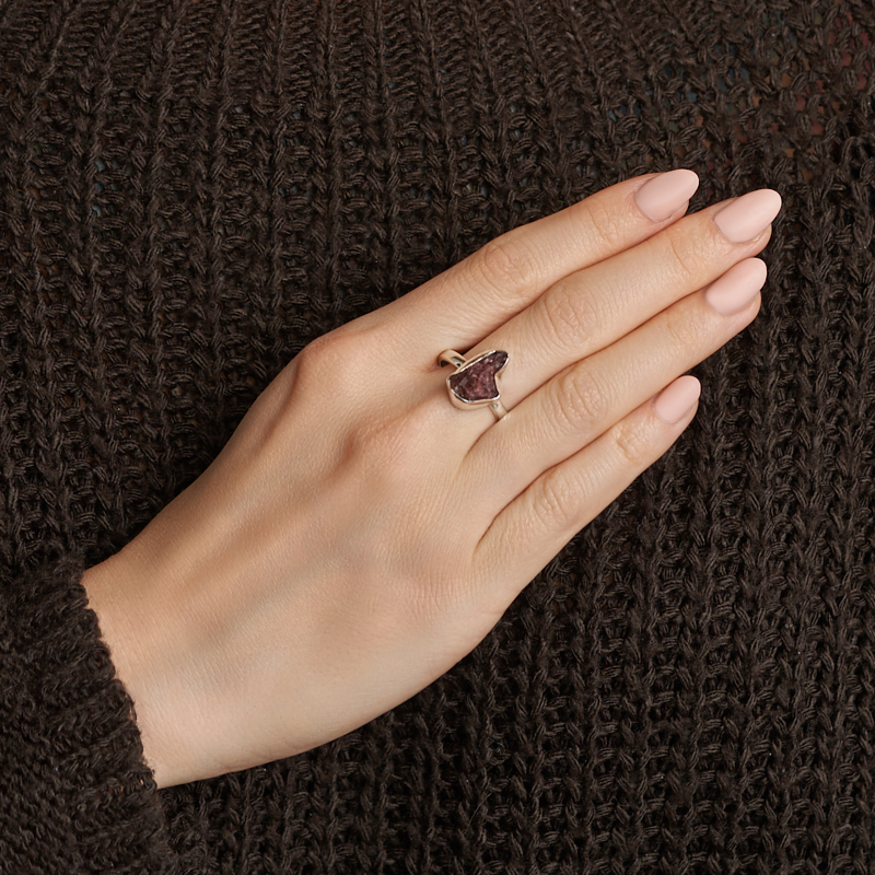 Кольцо турмалин розовый (рубеллит) Бразилия (серебро 925 пр.) размер 19