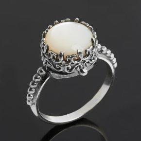 Кольцо перламутр белый Гонконг (серебро 925 пр. оксидир.) размер 17,5