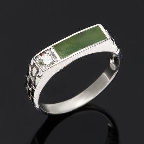 Кольцо нефрит зеленый Россия (серебро 925 пр. родир. бел.) размер 19