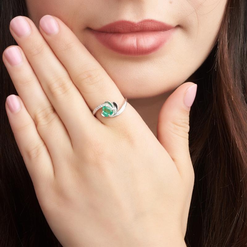 Кольцо изумруд Колумбия огранка (серебро 925 пр.) 0,384 карата размер 17,5