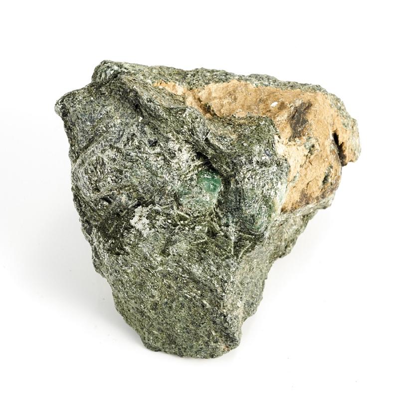 Кристалл в породе берилл  (Урал) 69х68х52 мм