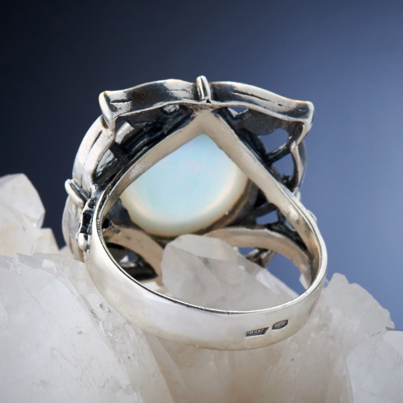 [del] Кольцо дублет опал и горный хрусталь Эфиопия (серебро 925 пр.)  размер 19,5