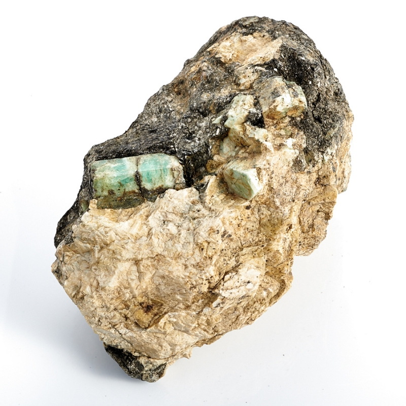 Кристаллы в породе берилл  (Урал) L 135х87х82 мм
