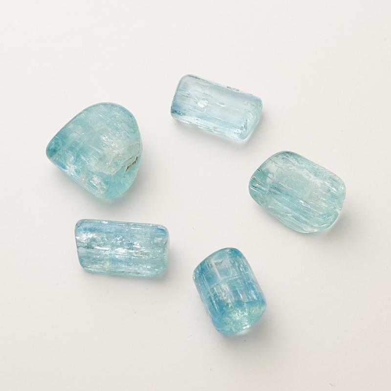 Аквамарин галтованный кристалл  Шерловая Гора (1 см) 1 шт