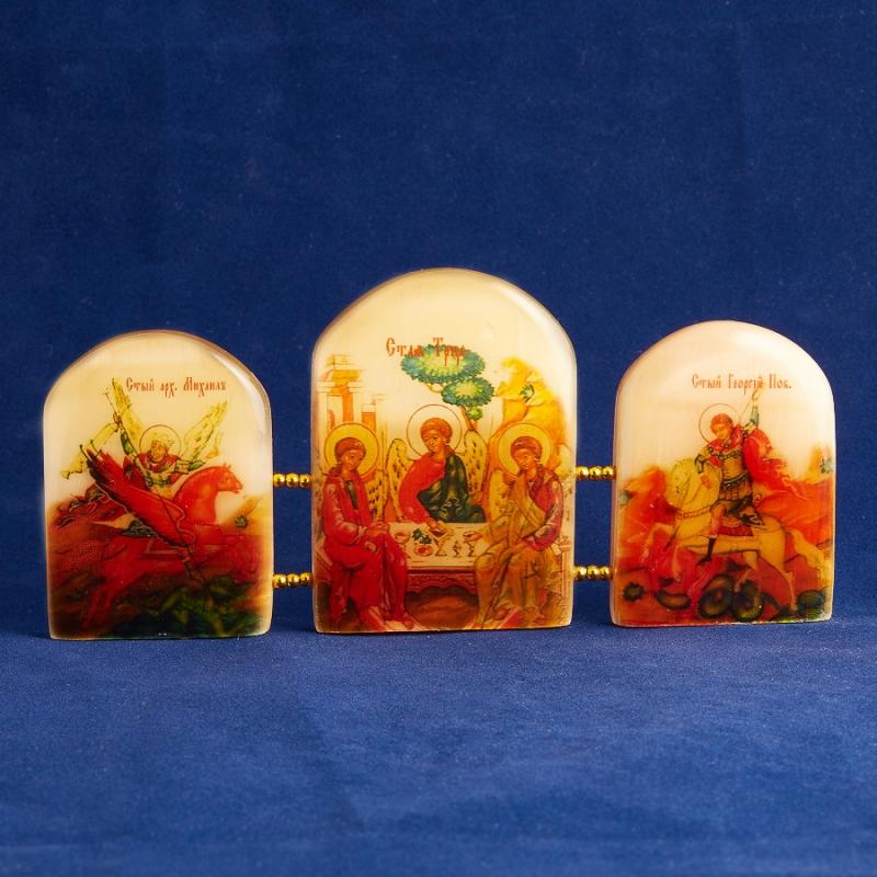 Изображение Триптих Святая Троица селенит  15,5 см