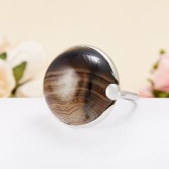 Кольцо агат черный полосатый Бразилия (серебро 925 пр.)  размер 18