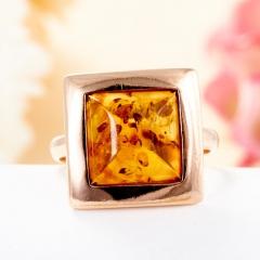 Кольцо янтарь (пресс.) Россия (серебро 925 пр., позолота) размер 17,5