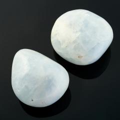 Галтовка кальцит голубой Мадагаскар (5,5-6,5 см) 1 шт