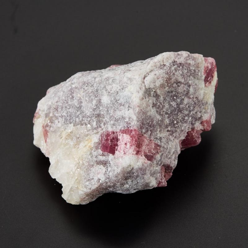 Кристалл в породе турмалин розовый (рубеллит) S 40х50х70 мм