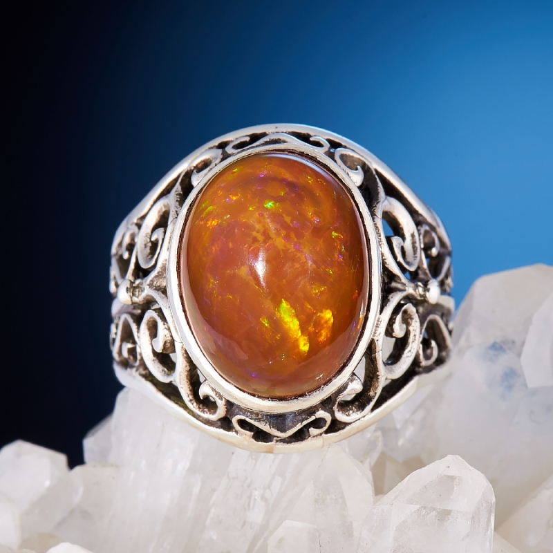 Кольцо опал огненный  (серебро 925 пр.)  размер 19