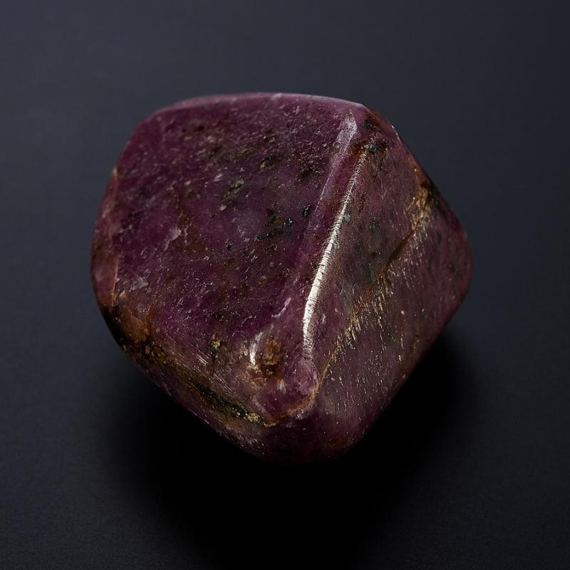 Корунд красный  (3-4 см) 1 шт