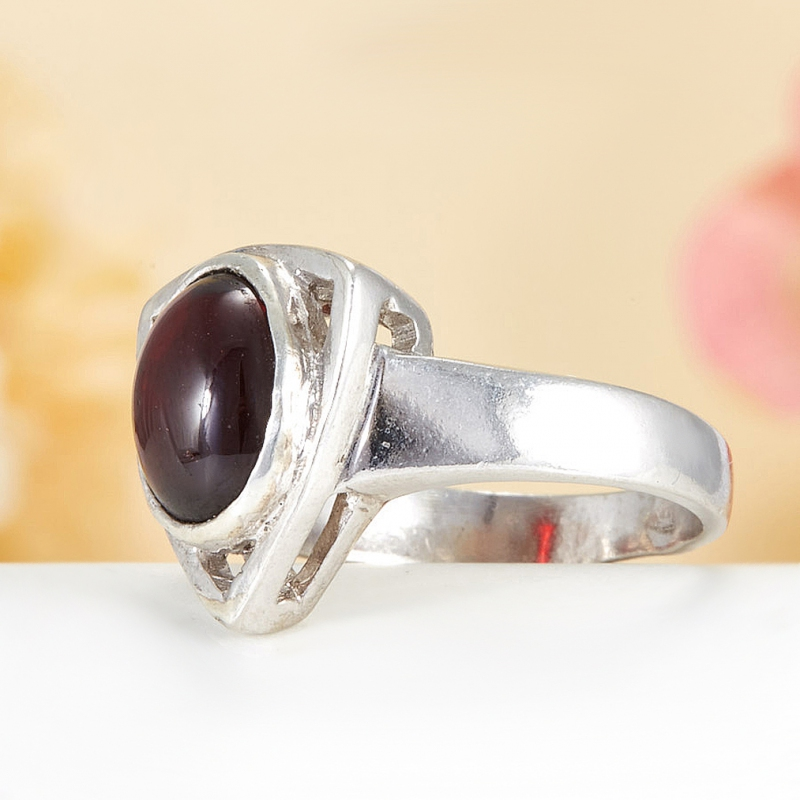 [del] Кольцо гранат Индия (серебро 925 пр.)  размер 18